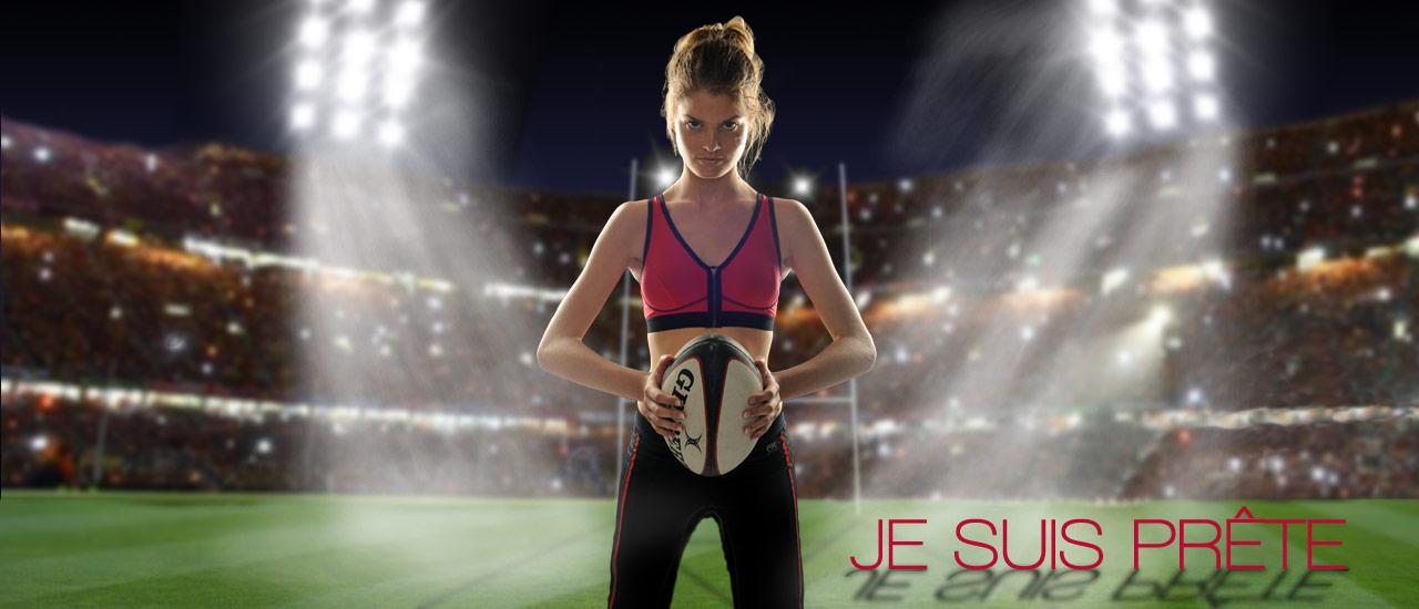 Rugbywoman en brassière zip et PANTALON de sport FITme -Modèles présentés Brassière zip rouge et Pantalon noir filet rouge