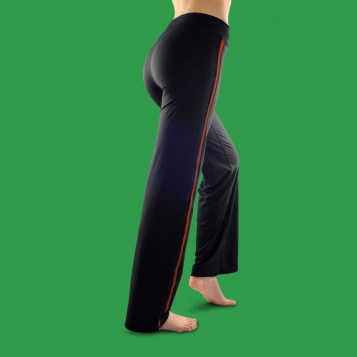 http://www.fitme.fr/images/stories/virtuemart/product/resized/pantalon_fitme_rouge_dos.jpg